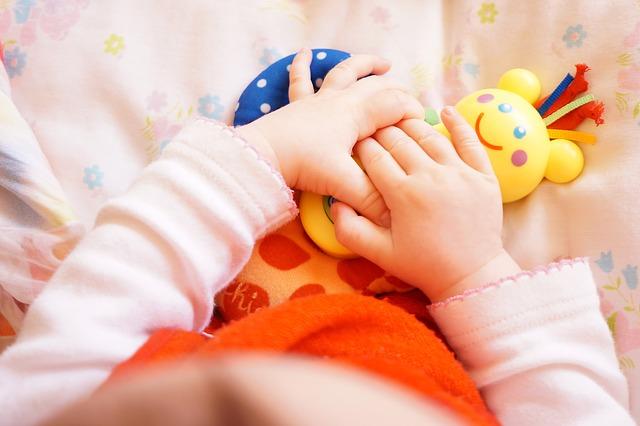 Vorteile mit einem Motorikwürfel für Babys